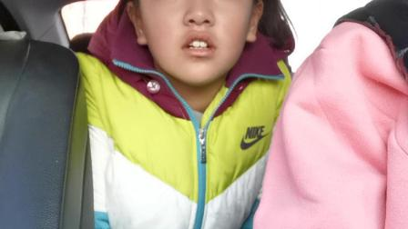 孟小筱:上学路上20201103