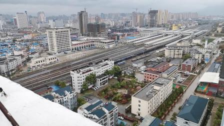 20200328 173957 阳安线HXD2货列出汉中站