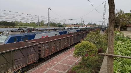 20200404 141753 阳安线HXD2运煤专列通过王家坎站