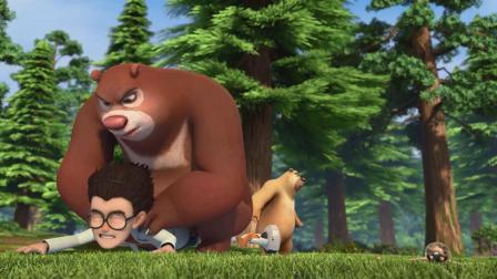 熊出没:熊大的绝技是扑人,天才威被压倒看着都疼!