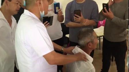 张荣江三分钟整骨胸椎的触诊及调理方法正骨培训视频