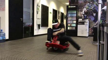 用Crazy Cart漂移车转圈圈,你能转几圈?