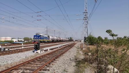 20200408 154329 阳安线DF7C货列反向出褒河站