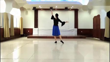 2020年11月湖景社区舞蹈队新舞分解