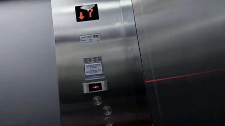 国外的快意电梯