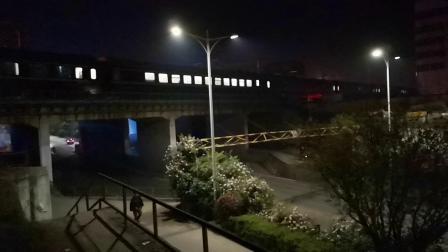 20200416 224433 阳安线客车Z390次列车出汉中站
