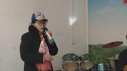 大姐唱琵琶词儿。