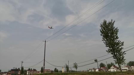 20200419 134932 实拍某次航班即将降落汉中城固机场