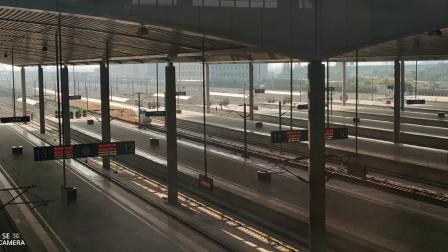 CRH2A高速动车检测车高速通过太原南站