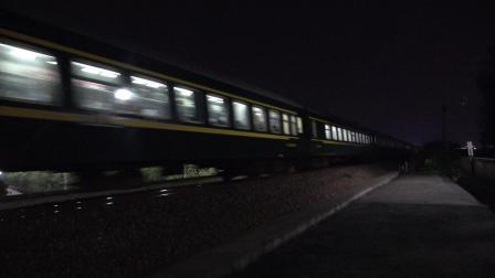 K783次 DF110389 通过宁芜线K76KM采石河路公铁立交