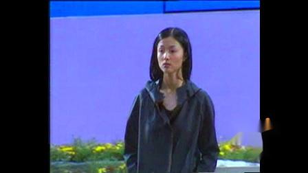 2002年江苏服装节KRIZIA WOALO秀