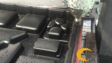 厚板吸塑机五轴雕刻机厚片产品切边
