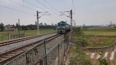 20200430 112327 阳安线客车K291次列车运行于汉中站至褒河站区间