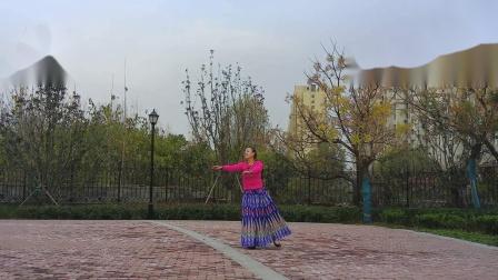 贞贞广场舞《可可托海的牧羊人》编舞:无边   瓦瓦