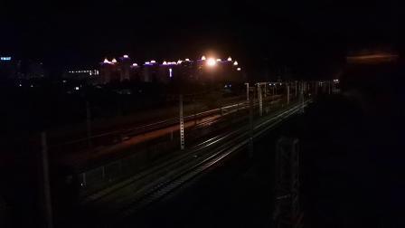 20200510 211522 阳安线客车K205次列车出汉中站