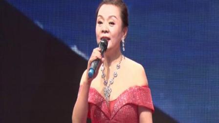 八、女声独唱《乡恋》演唱:青柠