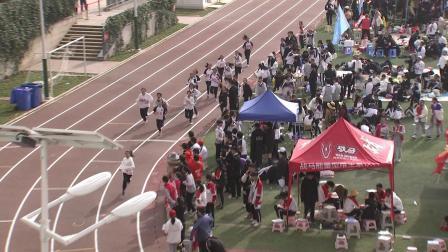 云南师大附属润城学校初二年级女子800米二