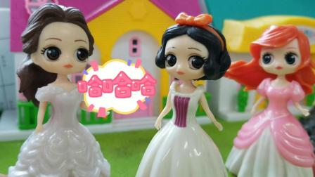 白雪公主故事 白雪的蛋糕瞬间让心情失落的贝儿高兴起来了