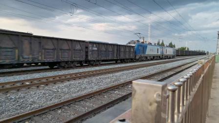 20200531 194000 阳安线HXD2货列通过王家坎站