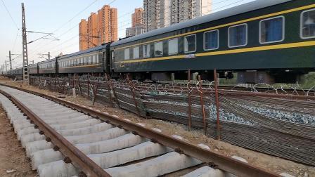 20200605 190434 阳安线客车K261次列车进汉中站