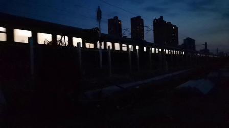 20200605 202650 阳安线客车0K262次列车出汉中站