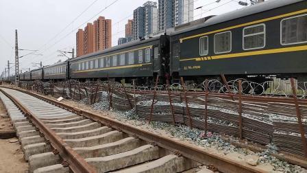 20200606 123001 阳安线客车K8223次列车进汉中站