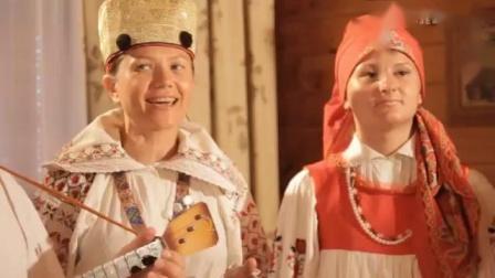竞赛舞和俚谣(民谣)。全是俄语。