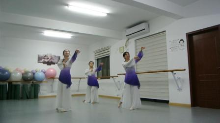 第一次学汉唐古典舞的零基础学员们