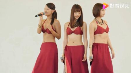 日本主持人性感服装上阵