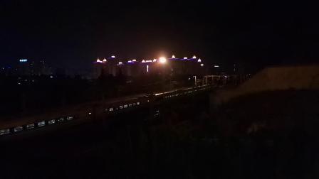 20200607 214313 西成高铁D1988次列车进汉中站