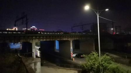 20200609 205351 西成高铁G349次列车高速通过汉中站
