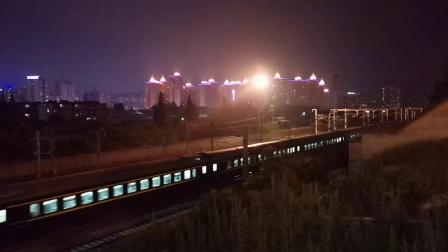 20200609 214256 阳安线客车K351次列车出汉中站
