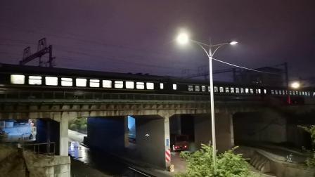 20200610 213016 阳安线客车K351次列车进汉中站