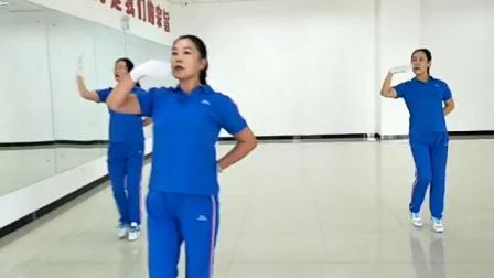 视频录像 萱子;庆元旦工委健身操健教练老师展示'我和我的祖国'