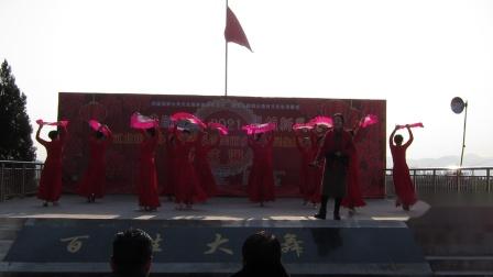 2020.12.31安康天姿艺术团参加江北办文化站在李家嘴举办庆元旦演出:歌伴舞:珊瑚颂