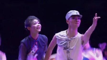 2019第十二届荷花奖舞蹈大赛成品舞群舞民族民间舞比赛视频 《桃花依旧》