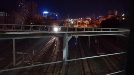 20200617 214030 阳安线HXD2货列汉中站越行客车K351次(因早点)