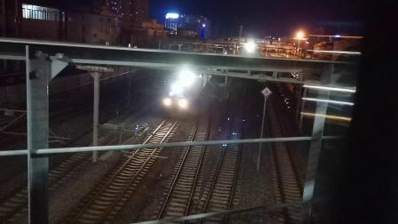 20200617 214900 阳安线客车K351次列车出汉中站