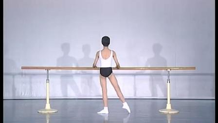 北舞附中古典舞舞蹈基础基本功示例课 男班2年级第1学期1 把上训练