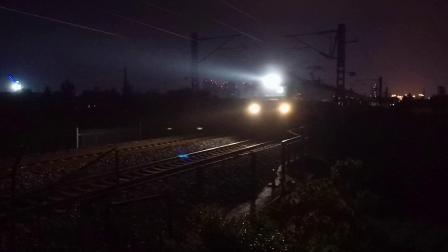 20200619 211622 阳安线客车K205次列车运行于汉中站至褒河站区间