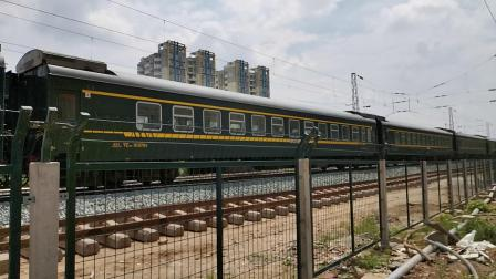 20200704 141153 阳安线客车K8222次列车出汉中站
