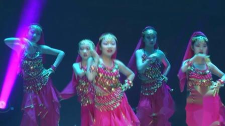 211号、潘梓瑶、刘子涵等、集体舞《印度之舞》、儿童B组、指导老师:张萍、选送单位:呼和浩特春蕾少儿艺校
