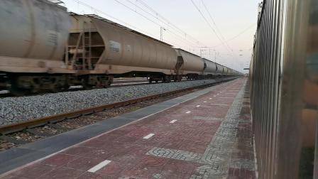 20200707 200553 阳安线HXD2运粮专列通过王家坎站