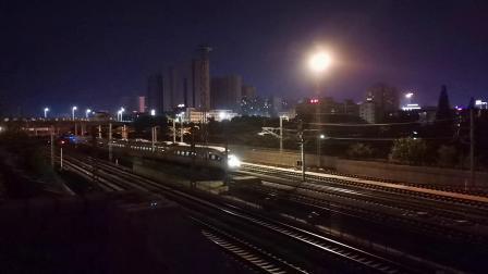 20200709 213504 西成高铁D6869次列车进汉中动车场