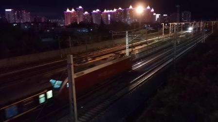 20200714 214915 阳安线客车K351次列车出汉中站