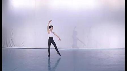 北舞附中古典舞舞蹈基础基本功示例课3年级第2学期4 技巧训练