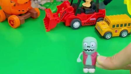 小僵尸看到佩奇他们在吃薯条,回去找巨人僵尸了,我都想吃