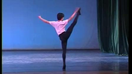 北舞附中古典舞舞蹈基础基本功示例课5年级第1学期2 中间练习