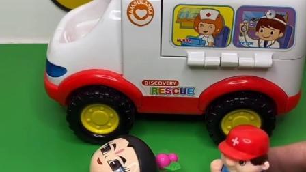 葫芦娃休息呢,一个车车过来了,上面下来人帮葫芦娃