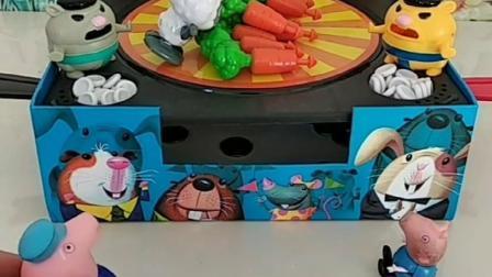猪爷爷种的胡萝卜总变少,乔治佩奇来抓偷吃贼,是被灰太狼偷吃的!